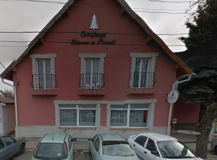 Ezüstfenyő Restaurant and Boarding house